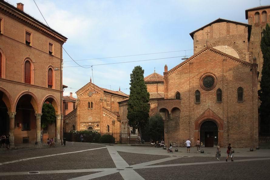 Basilica di Santo Stefano Bologna